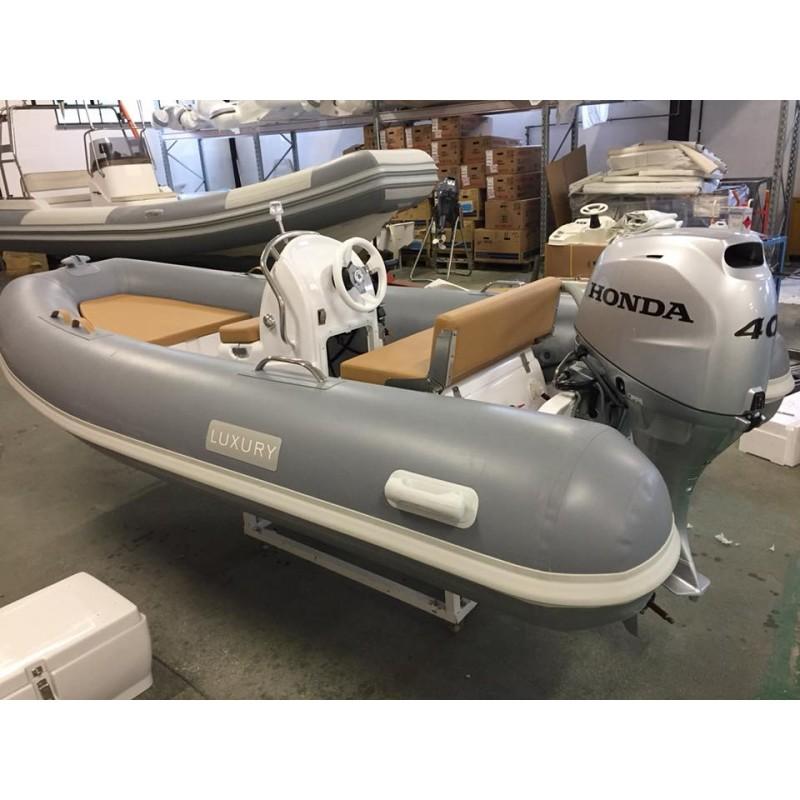 Luxury Yachting3